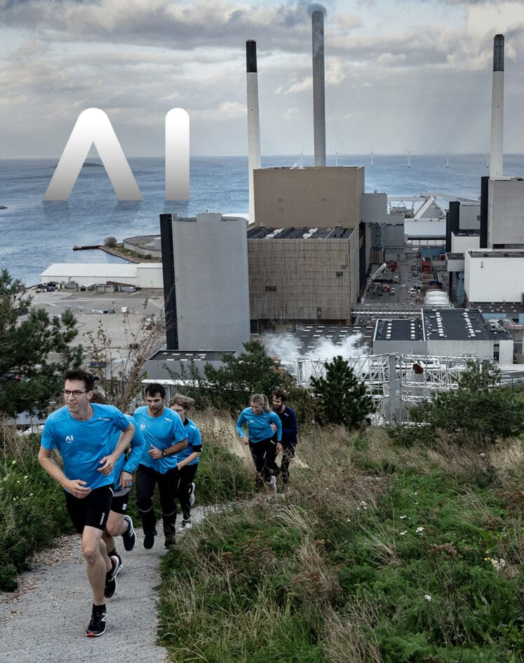AI employees on a run